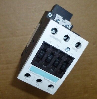 Siemens  Motor Contactor  Sirus 3RT1035-1BB40   24V DC  40A 18.5Kw  3-pole