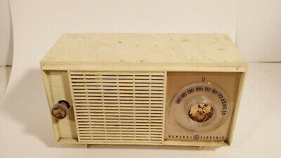 Vintage General Electric GE  AM radio