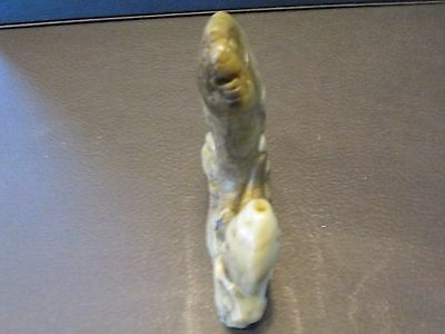 S38  Vintage White Jade Stone Oriental Chinese Carved Fish Statue Figurine