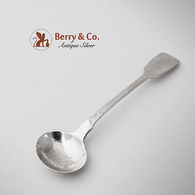 Georgian Master Salt Spoon Sterling Silver 1820