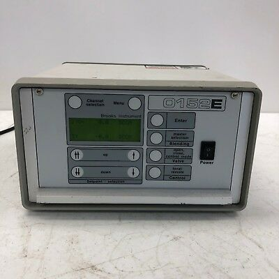 BROOKS INSTRUMENT 0152E 2-Channel mass flow controller/flow meter readout TESTED