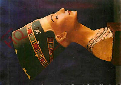 Picture Postcard::Ancient Egypt, Painted Limestone Bust Of Queen Nefertiti