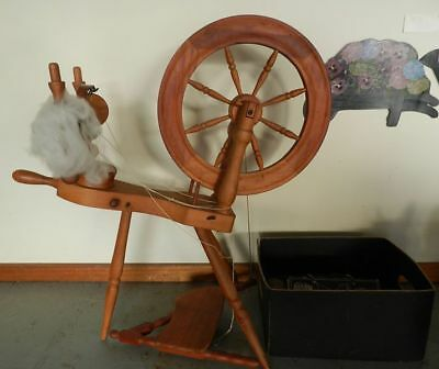 Vintage Pipy Saxony Spinning Wheel with Accessories and 'How To' Books