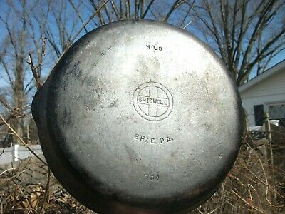 Griswold Erie Cast Iron Vintage Antique no. 8 Skillet Frying Pan 704 S NICE