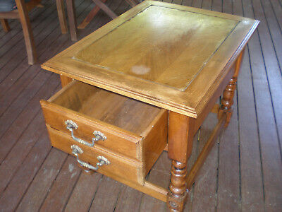 Classic,antique,vintage style side table/coffee table