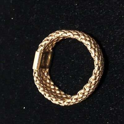 18K Gold Ring Mesh Flex Band Italy Size 11 4.1 grams Fine Craftsmanship