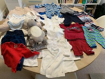 Bulk lot of baby clothes including Bubbaroo sleeping bag 2.5 tog and blankets