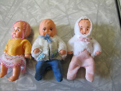 """Lot of 3 Vintage German Dollhouse Baby Dolls - Jointed Plastic ~ 3"""" Tall"""