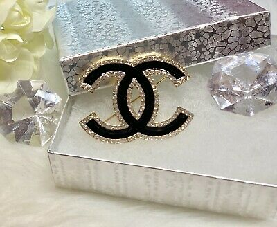 Fashion Bling Brooch Pin Black Gold Plated
