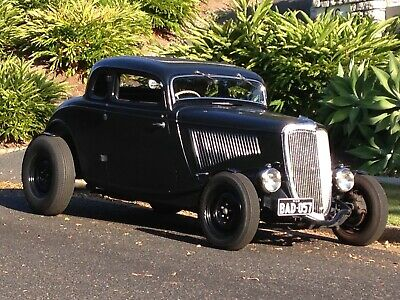 1934 Ford Steel 5 Window Coupe USA Hotrod