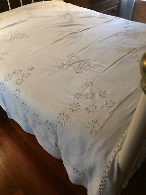 Antique White Table Cloth Bedspread Amazing Museum Quality Embroidery Wedding