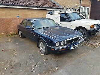 Jaguar Xj8  3.2 V8 Spares Or Repair