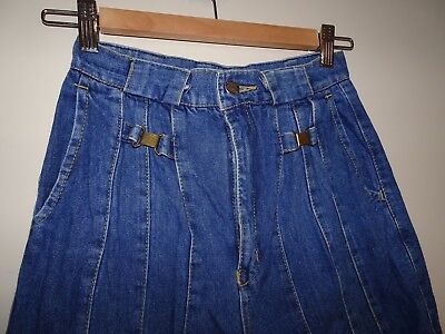 Vintage High Waisted Jeans 6 8 25