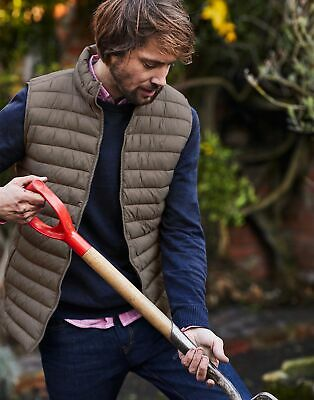 Joules Mens Go To Lightweight Quilted Gilet Jacket in BROWN