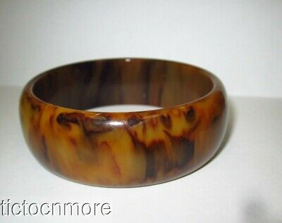 abb04d38953fe VINTAGE BAKELITE LUCITE Brown Caramel Marbled Wide Chunky Bangle Bracelet