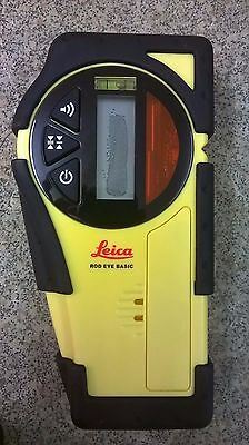 Leica rod eye basic receiver detector new without bracket.  Damaged screen