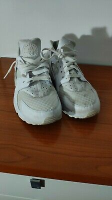 size 40 50c2d 7cfab Nike Air Huarache Athletic Sneakers 318429 111 Size 8.543 VGC
