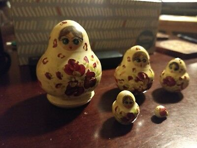 Vintage 5 Piece Wooden Russian Nesting Doll Set