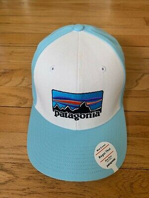 PATAGONIA MENS - P-6 Logo Roger That Hat Cap - White   Buffalo Green ... ed01e54425dd