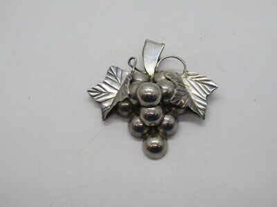 Vintage Sterling Silver Larger 3D Grape Bunch Pendant Brooch 21.1g