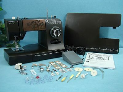"Industrial Strength Toyota Sewing Machine + Walking Foot, Sews 1/4"" Leather,etc"