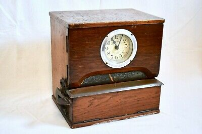 VINTAGE 1930s NATIONAL TIME RECORDER OAK CASED CLOCKING IN/ PUNCH CLOCK