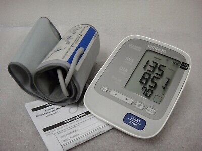 Omron 7 Series Blood Pressure Monitor Upper Arm Comfit Cuff BP760 No Charger