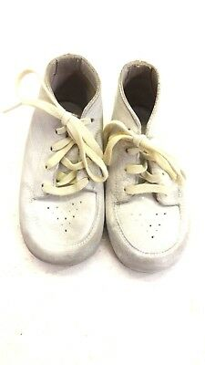 Vintage White Lace Up Leather Baby Shoes Size 4C