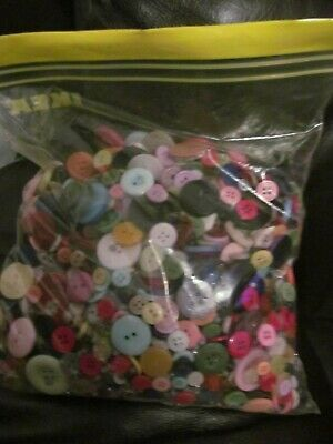 large bag of assorted buttons and beads  approx 2 kg