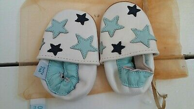 Dotty Fish-Soft leather shoes size 0-6months.