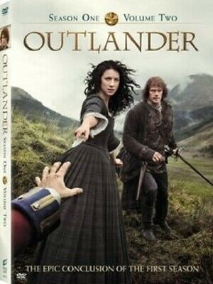 Outlander: Season One - Volume Two (With Exclusive Tartan Stationery Set) [DVD]
