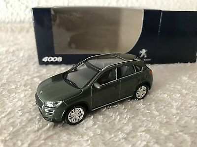 1/64 Peugeot 4008 green 3 inches NOREV