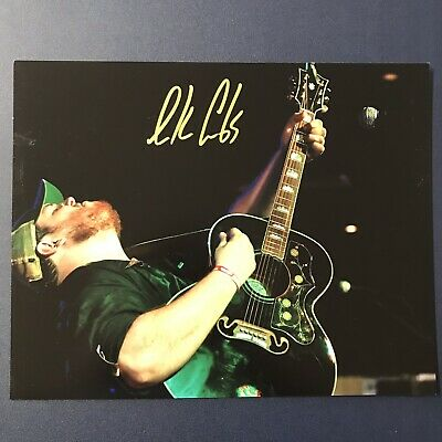 LUKE COMBS SIGNED 8x10 PHOTO COUNTRY MUSIC SUPER STAR AUTOGRAPHED RARE COA