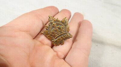 WWI British Army 1st Canadian Army Hat Badge