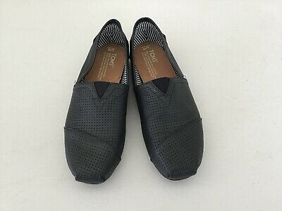 ed61eb27aa7 MENS BLACK LEATHER Slip On Toms Perforated Super Clean EUC Mens 10 ...