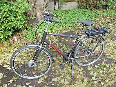 "Raleigh Array Electric City Bike 2017 19"" Black/Red"