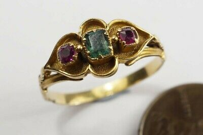 LOVELY ANTIQUE VICTORIAN ERA ENGLISH 18K GOLD EMERALD & RUBY RING c1870