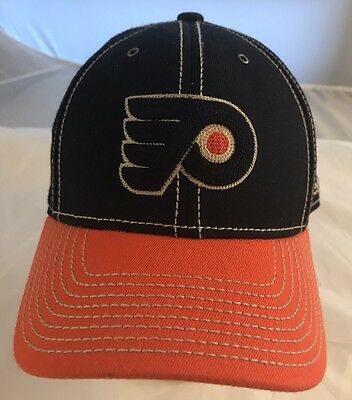 Philadelphia Flyers 2012 NHL Winter Classic Fitted Cap Size Small Medium Reebok