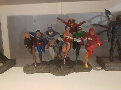 DC Justice League of America -  Statue - Superman and Black Canary