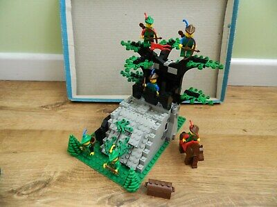 Lego Castle Forestmen 6066 Camouflaged Outpost Complete