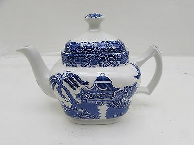 Vintage 1930's Willow Pattern Woods Ware 2 Cup Square Teapot Wood & Sons
