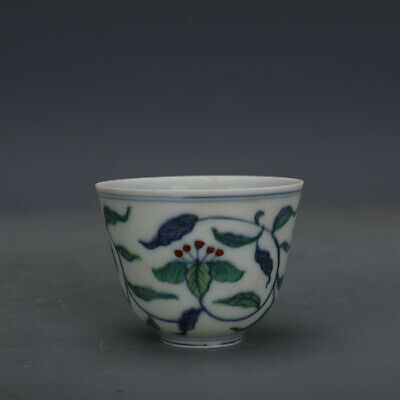 Ming chenghua mark China old Porcelain painting blue white doucai flower cup