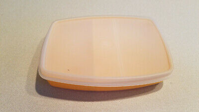 Tupperware 813-7 Two Compartment Divided Lunch Side Container w/ Lid