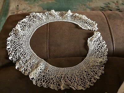 "Pretty Antique Lace Collar 28"" Along Straight Edge 3""deep"
