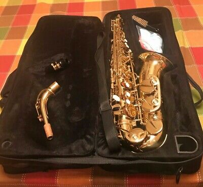 Slade Brand Alto Sax: professionally refurbished + 7 FREE reeds included