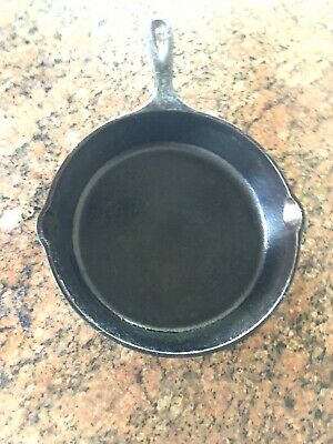 "Vintage LODGE #6SK Cast Iron 9"" Frying Pan Skillet Arch Logo With Heat Ring"