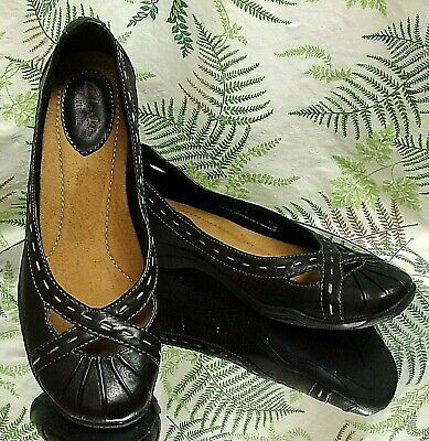 4d7097e05c8 Clarks Black Leather Slip Ons Loafers Business Dress Shoes Us Womens Sz 7.5  N