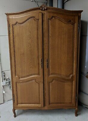 Lovely Vintage French Oak 2 Door Louis XV Wardrobe Armoire, Acanthus, Flat Pack