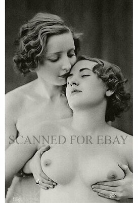 Model nude girl female photo art picture busty breasts lesbian print French