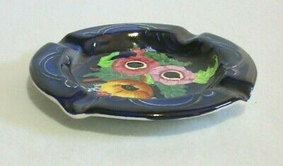 Maling Ashtray Anemone Embossed 6535. In very good condition.